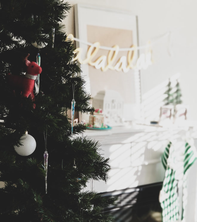 simple christmas decor in the family room Christmas tree ornaments