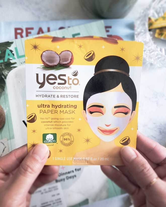 Yes-To-Coconut-Ultra-Hydrating-Paper-Mask-Review Yes to coconut mask burns