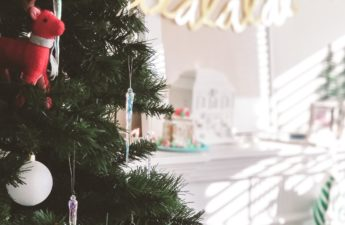 Is it possible to celebrate Christmas with little to no money? It is by shifting your focus and little creativity. (How to Celebrate Christmas Broke // mintysunday.com #savemoney #christmas #holidayseason)
